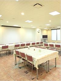 1F軽食コーナー「秋桜」
